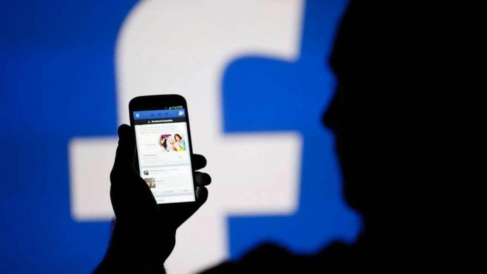 Facebook увеличил прибыль в полтора раза
