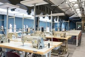 Строительство мебельной фабрики общей площадью 1 200 м2 на территории города Нижневартовска.