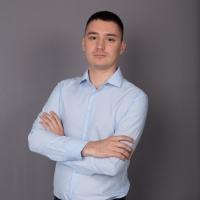 Зверев Артем Валерьевич
